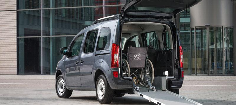 Citan108 CDI, Rollstuhlbeförderung; Standaufnahme